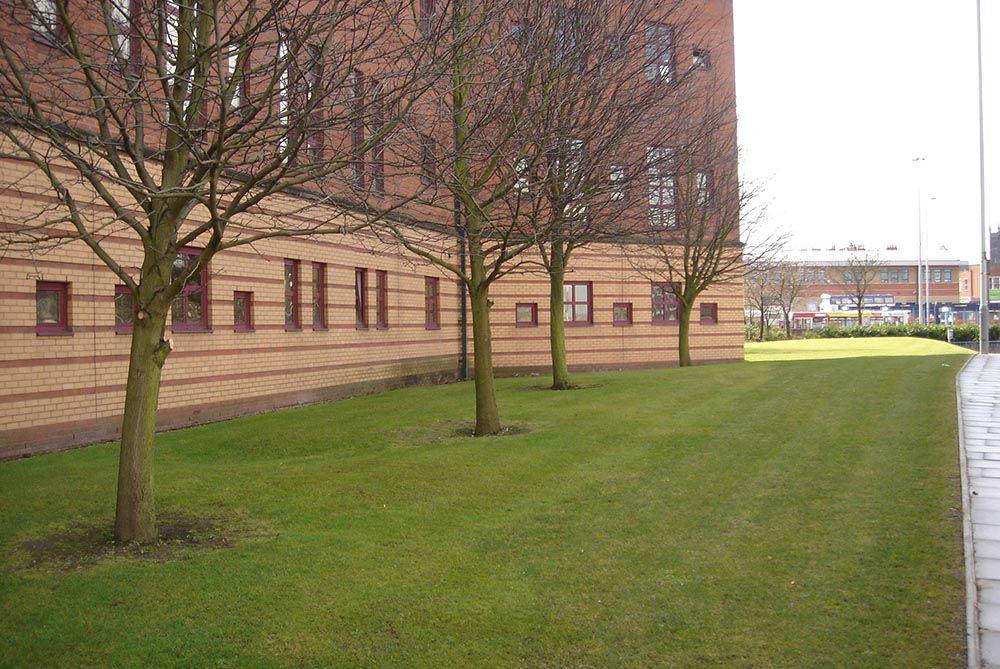 Commercial Garden Maintenance Wolverhampton