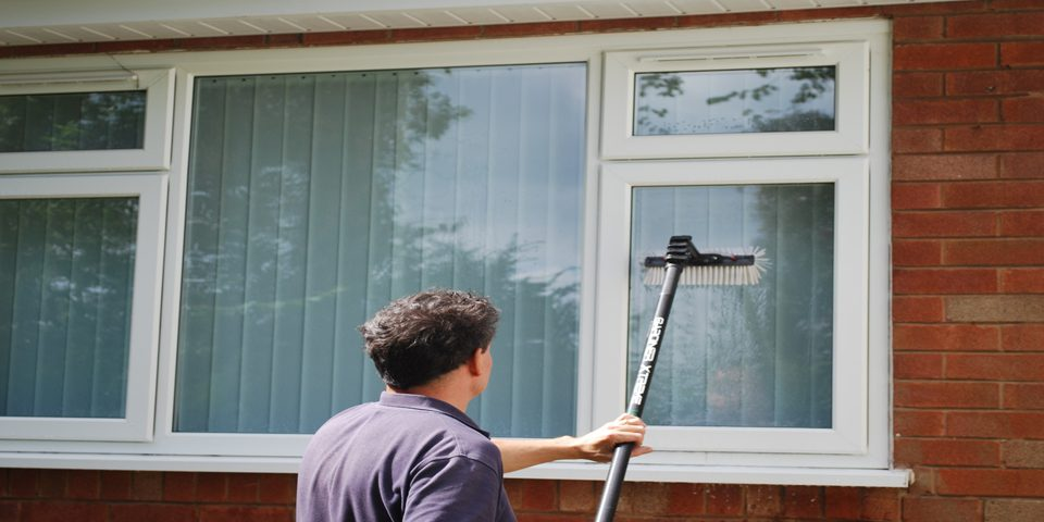 Wolverhampton-homeowners-window cleaning-window cleaning service-window cleaner-window cleaners- window cleaning system